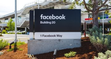 Facebook develops open source networking infrastructure