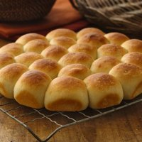 Super Easy, Super Soft Pan Rolls
