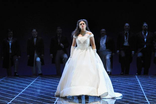 18111_traviata_wa2013_8010_preview