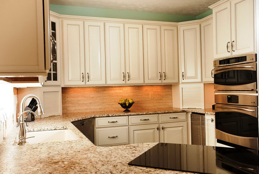Kitchen Cabinets With Handles In Middle Mid Century Modern Closet Doors | Home Design Ideas