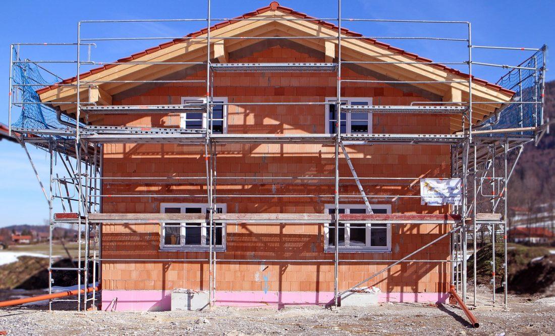 Rénover une maison ancienne ou faire construire ? - Optimiser son budget - Cout Annexe Construction Maison
