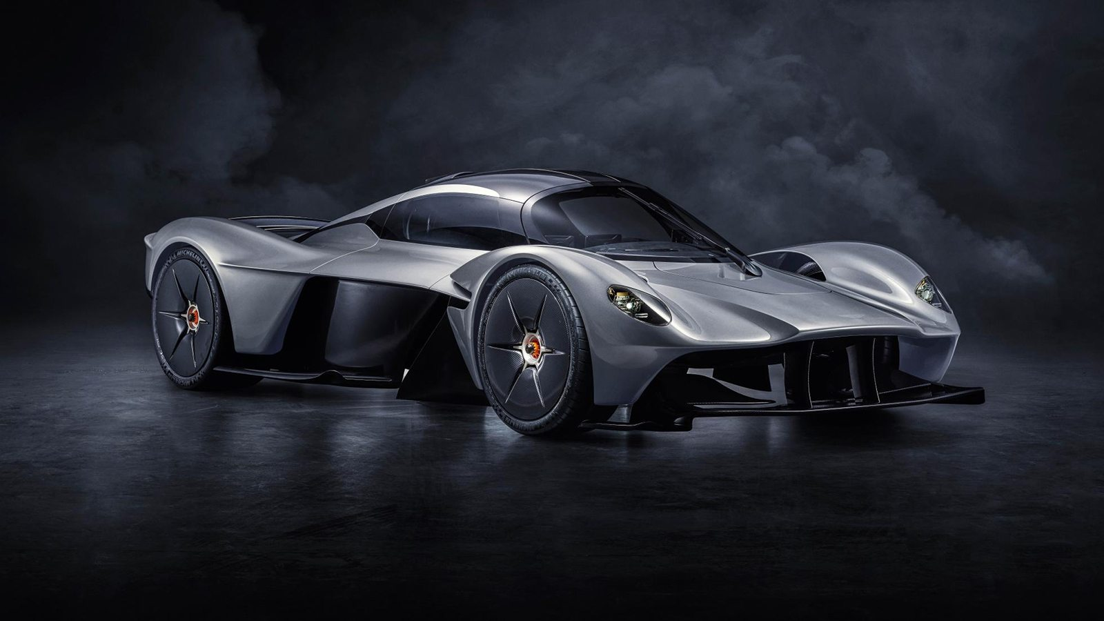 Pagani Car Wallpaper New Images Of Aston Martin S F1 Inspired Valkyrie Oracle