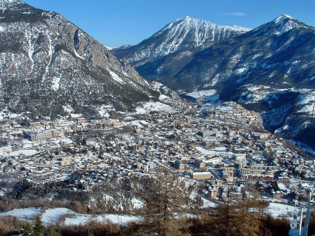 Orange Brest Briancon Pictures | Photo Gallery Of Briancon - High