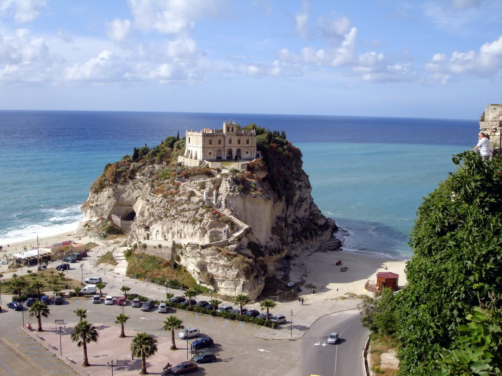 Sicily By Car Ancona Calabria Pictures Photo Gallery Of Calabria High