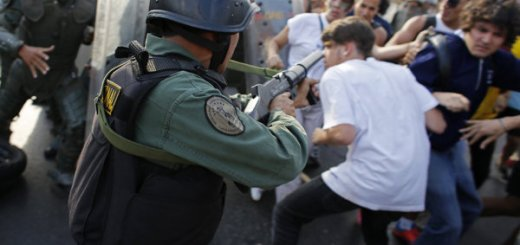 Guardia Nacional reprime protestas en Venezuela