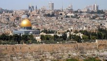 800px-Jerusalem_from_mt_olives[1]