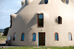 domed house photo