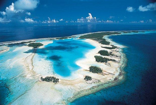 Tahiti tropical islands