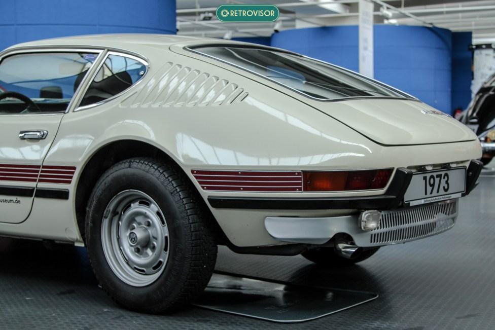A traseiro do modelo de 1973