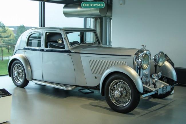 Mais um Bentley que eu não arriscaria chutar o valor de mercado