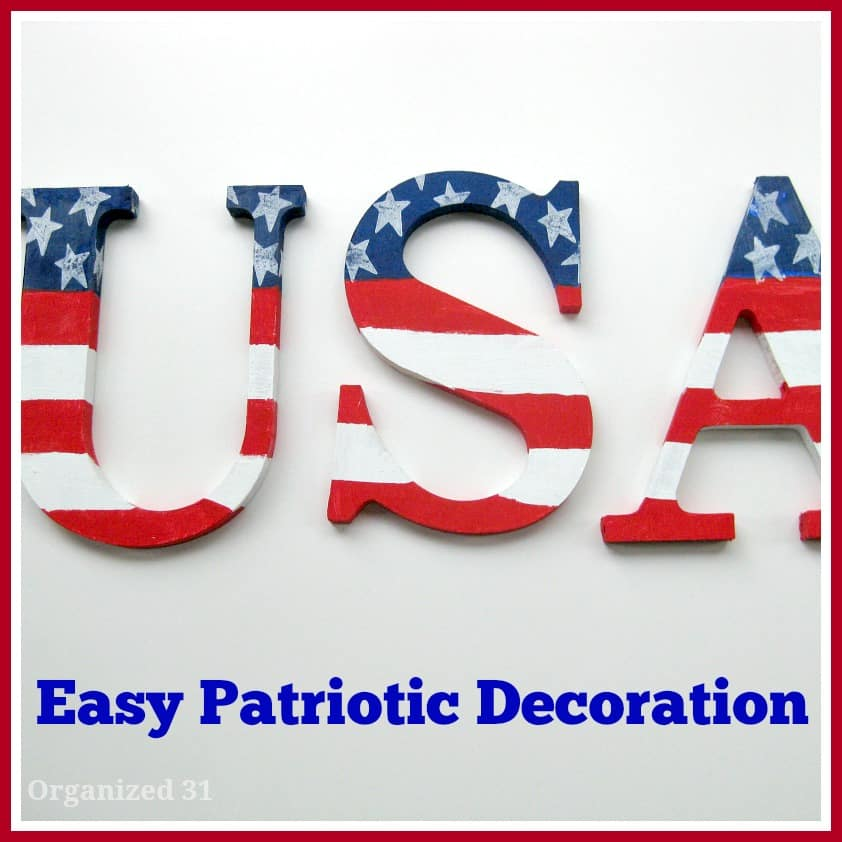 Easy Painted Patriotic Decoration - Organized 31