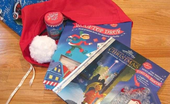 Diy Santa Sack For Christmas Toy Donations Organized 31