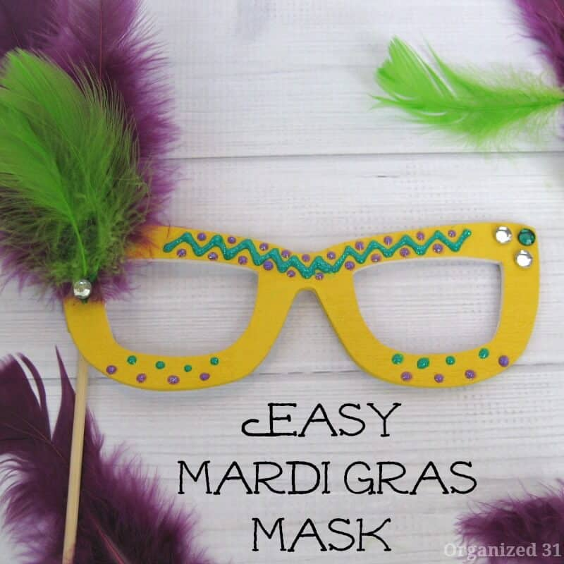 Easy Mardi Gras Mask - Organized 31