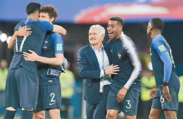 世盃專版:法國複製98冠軍路 - 東方日報
