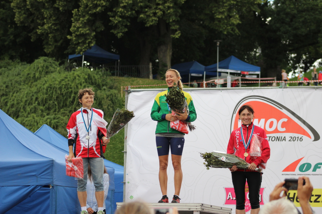 Natasha-Key-Sprint-podium