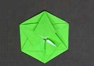 小物いれの折り紙