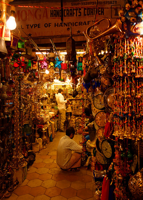 Srinagar shopping, Kashmiri handicrafts