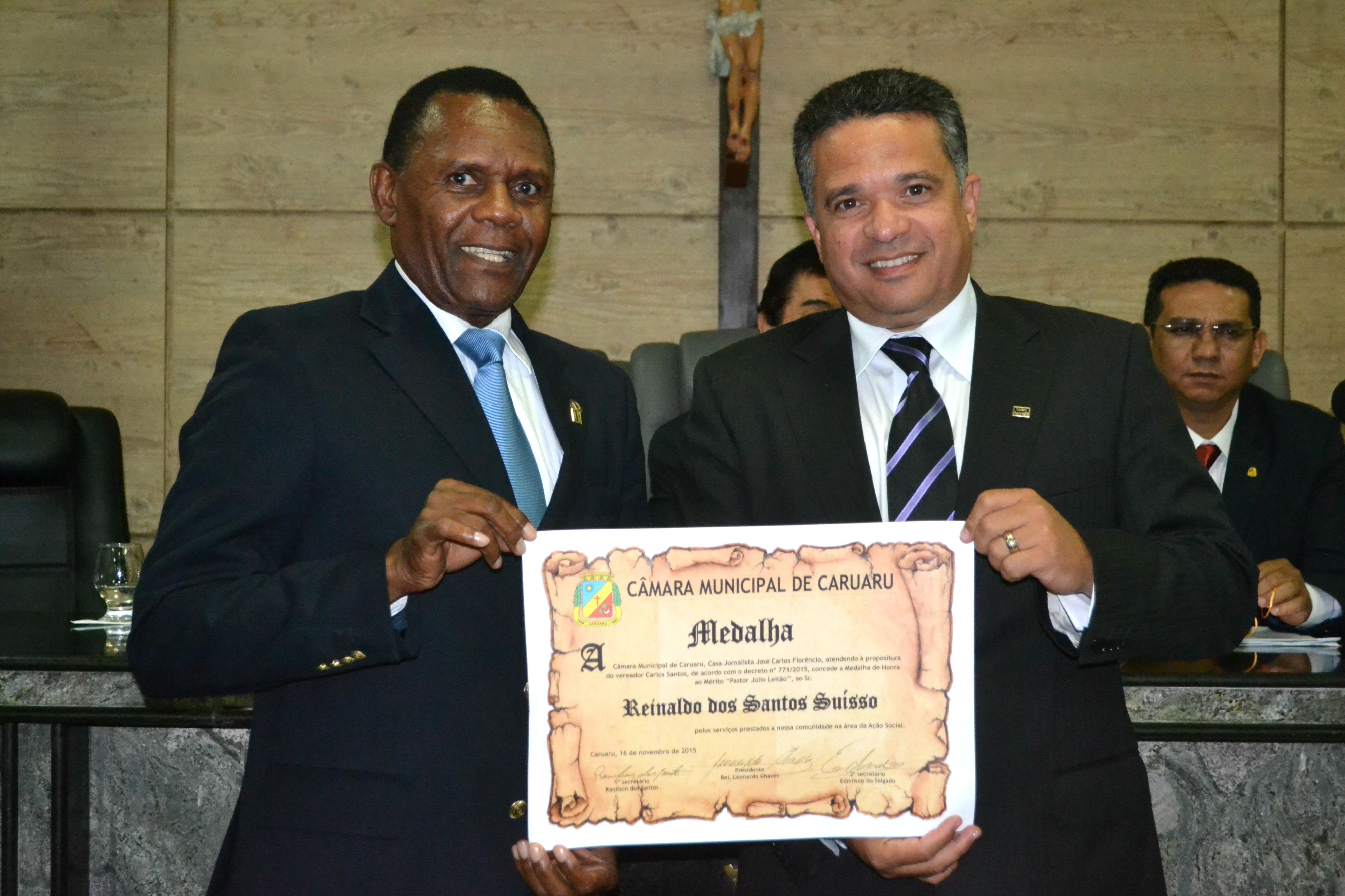 Obreiros da Universal são homenageados em Caruaru