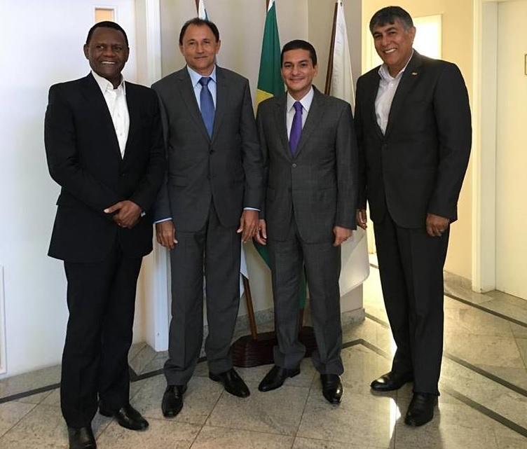 Brasília – Marcos Pereira recebe lideranças do PRB-PE
