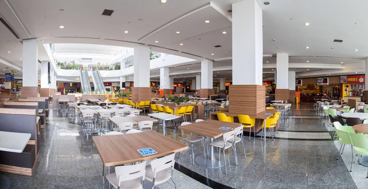 Lei obriga reserva de mesas e cadeiras preferenciais em Shoppings