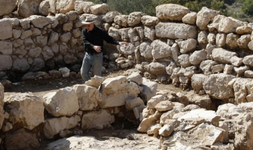 Arqueólogos preparam expedição para procurar a Arca da Aliança, em Israel