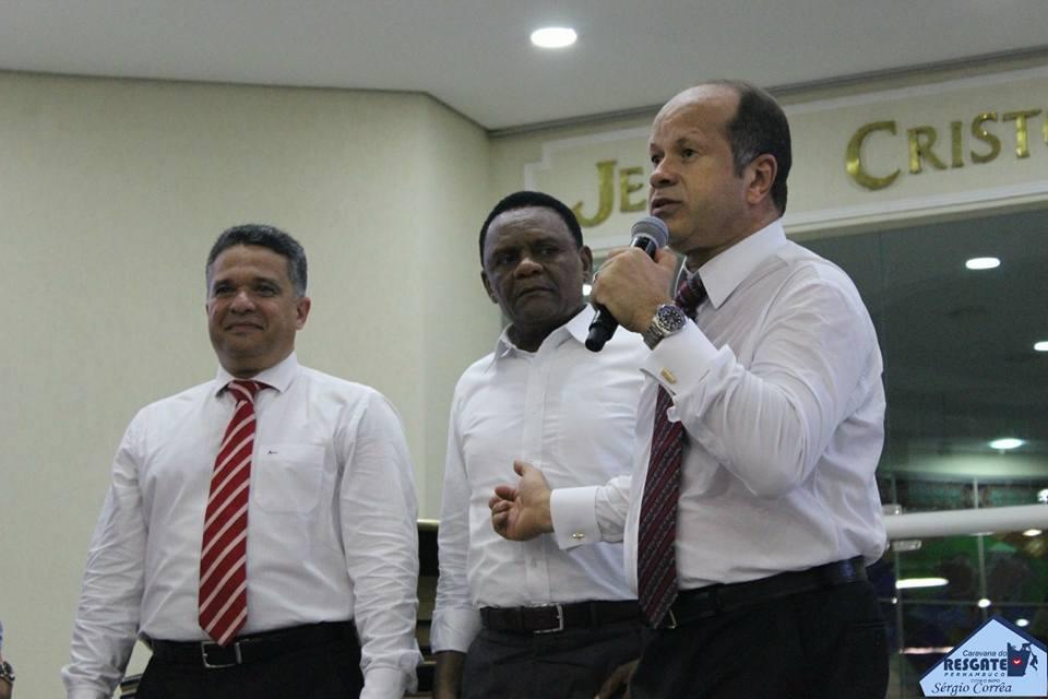 Bispos Ossesio Silva e William Brigido participam da Caravana do Resgate em Pernambuco