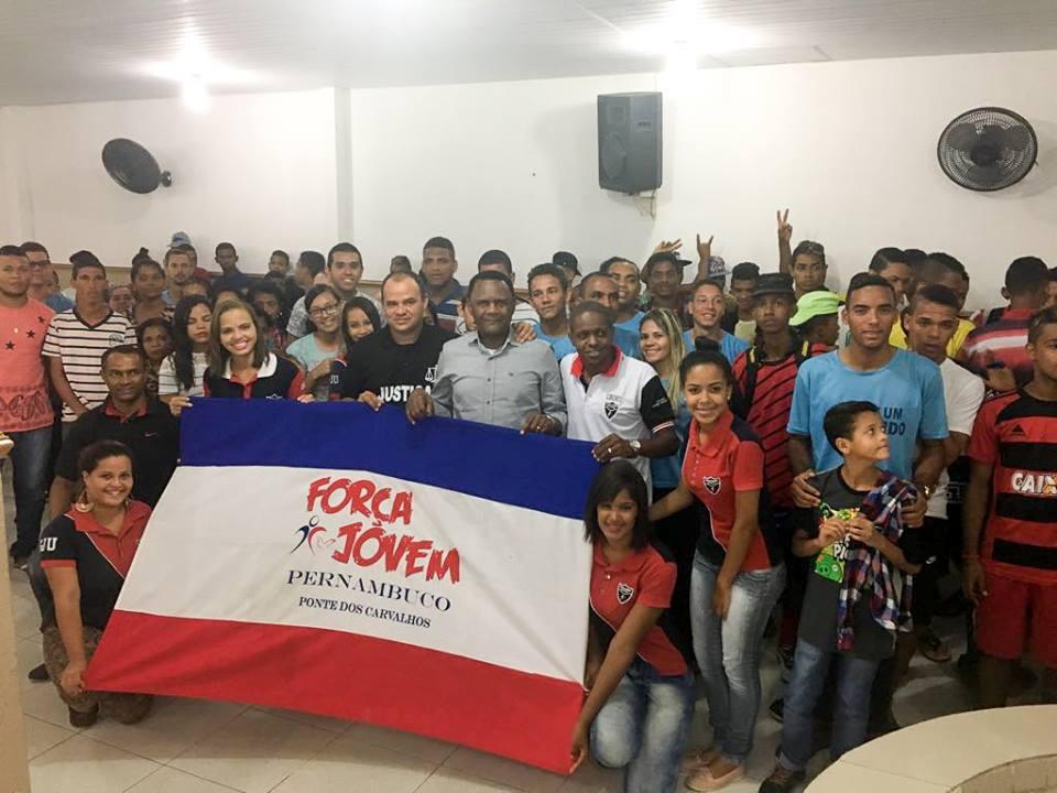 Bispo Ossesio prestigia evento da FJU em Ponte dos Carvalhos