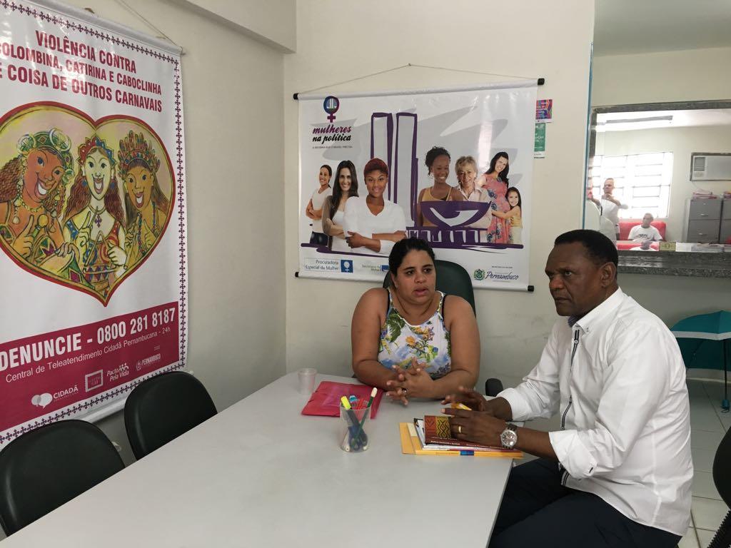 Deputado Ossesio se reúne com coordenadora Eliana Macedo em Paudalho