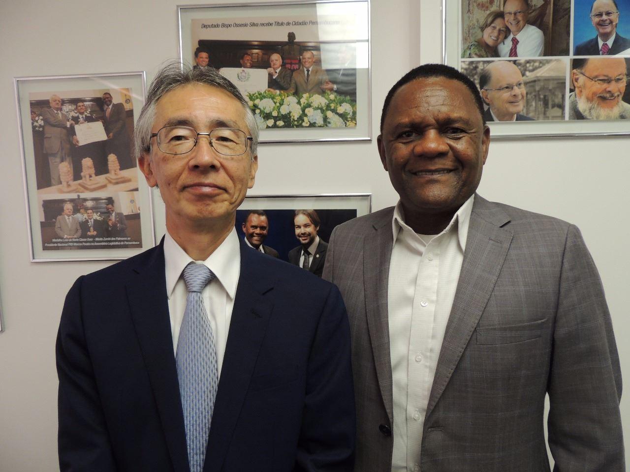 Deputado Ossesio Silva se reúne com novo cônsul do Japão em Recife