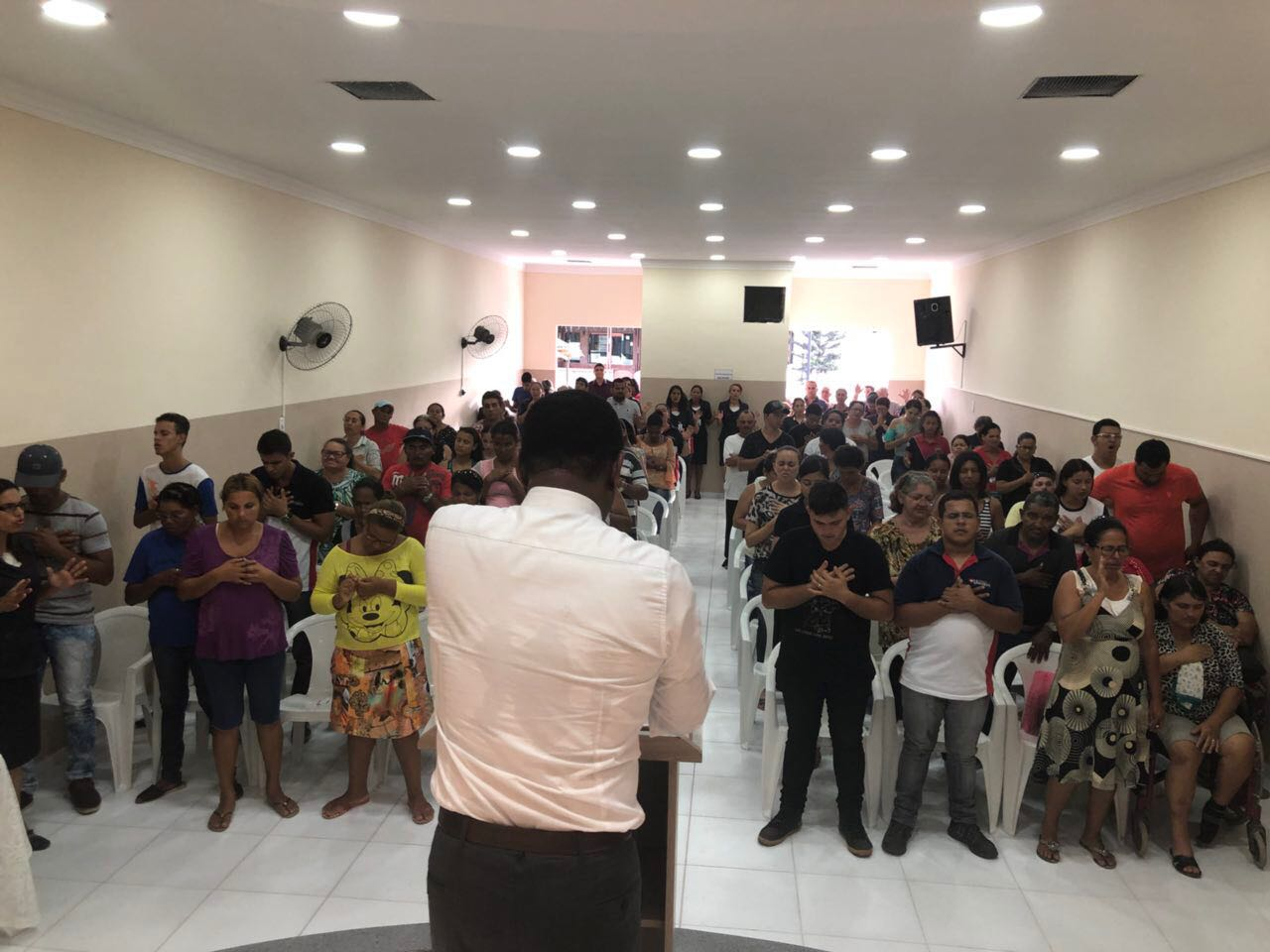 Caruaru – Bispo Ossesio Silva realiza inauguração de Univesal no bairro da Boa Vista