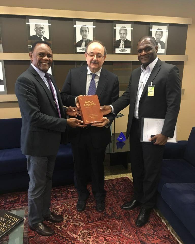 Deputado Ossesio visita Desembargador Federal