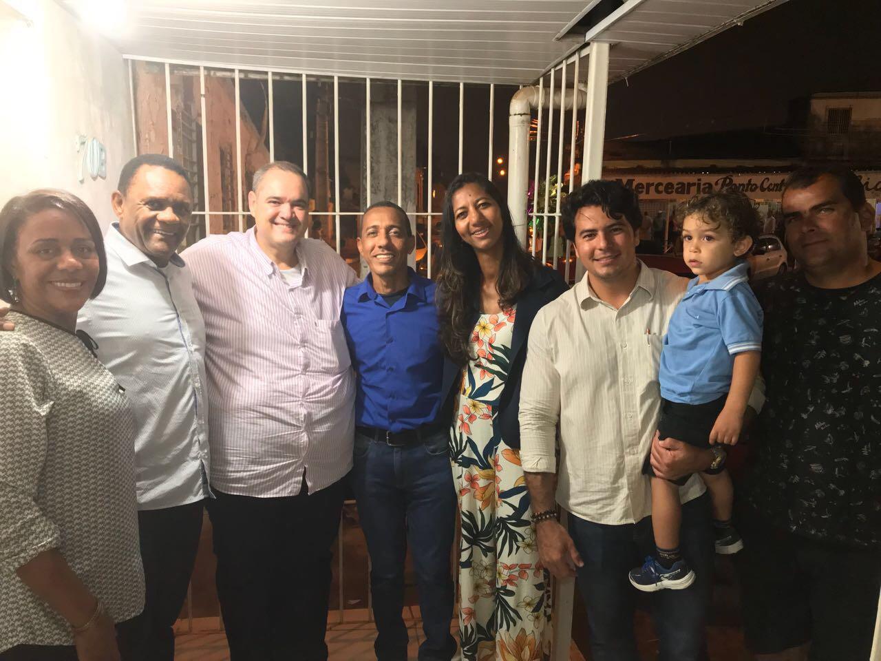 Deputado Ossesio e vereadora Denise prestigiam evento natalino em Olinda