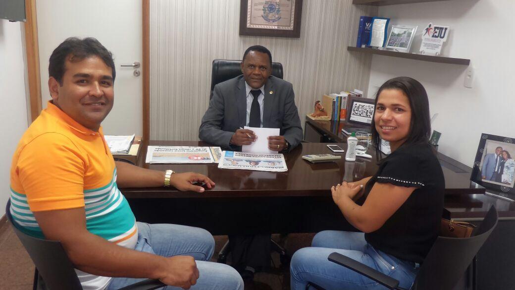 Deputado Ossesio Silva se reúne com lideranças republicanas de Timbaúba