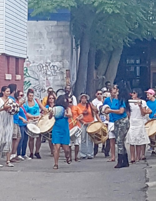 Maracatu Mar Alberto: The drummers paraded down the alleyway to the stage