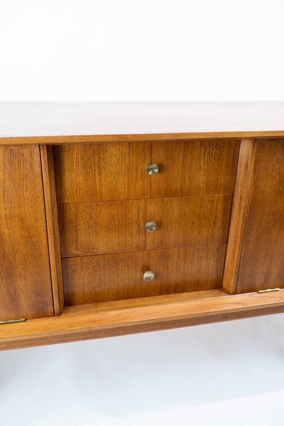 Sideboard Antik Osted Antik & Design * Sideboard In Teak Of Danish Design From The 1960s. * 5000m2 Showroom.