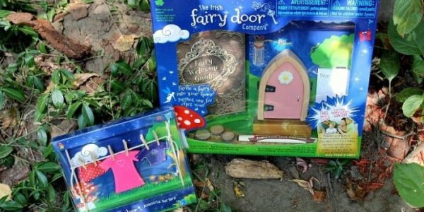 Find a Bit of Magic with The Irish Fairy Door Company! #Review #Giveaway ~ CAN 09/12