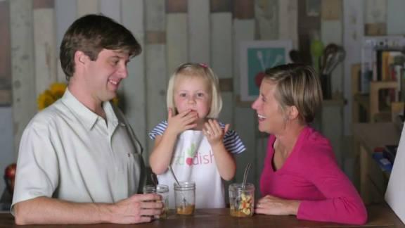 """""""楽しい食育""""を家庭にお届け!二児の母がつくった料理ガイド宅配サービス「Raddish」"""