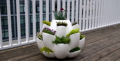 どこに何を植える?まるでお花みたいなプランター「Nature Planter」