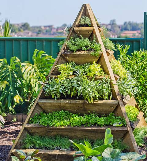 Pyramid planter 2