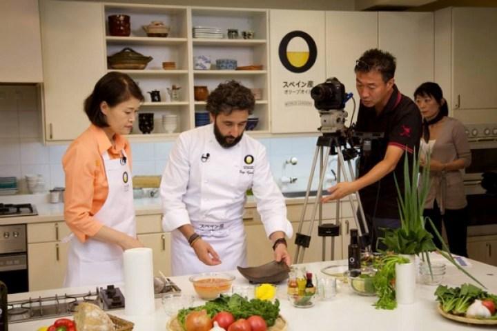 「オリーブオイル×和食」レシピを提案する料理番組「The Good Life Recipe」