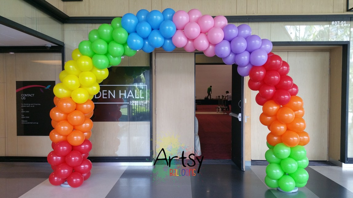 , The 3 styles of rainbow arch + a very special rainbow arch I did for a shipping mall, Singapore Balloon Decoration Services - Balloon Workshop and Balloon Sculpting