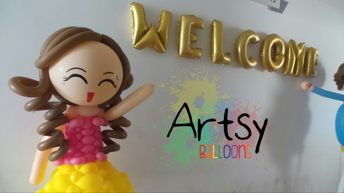 , Welcoming balloon humans! I've never seen such a huge balloon human before!, Singapore Balloon Decoration Services - Balloon Workshop and Balloon Sculpting