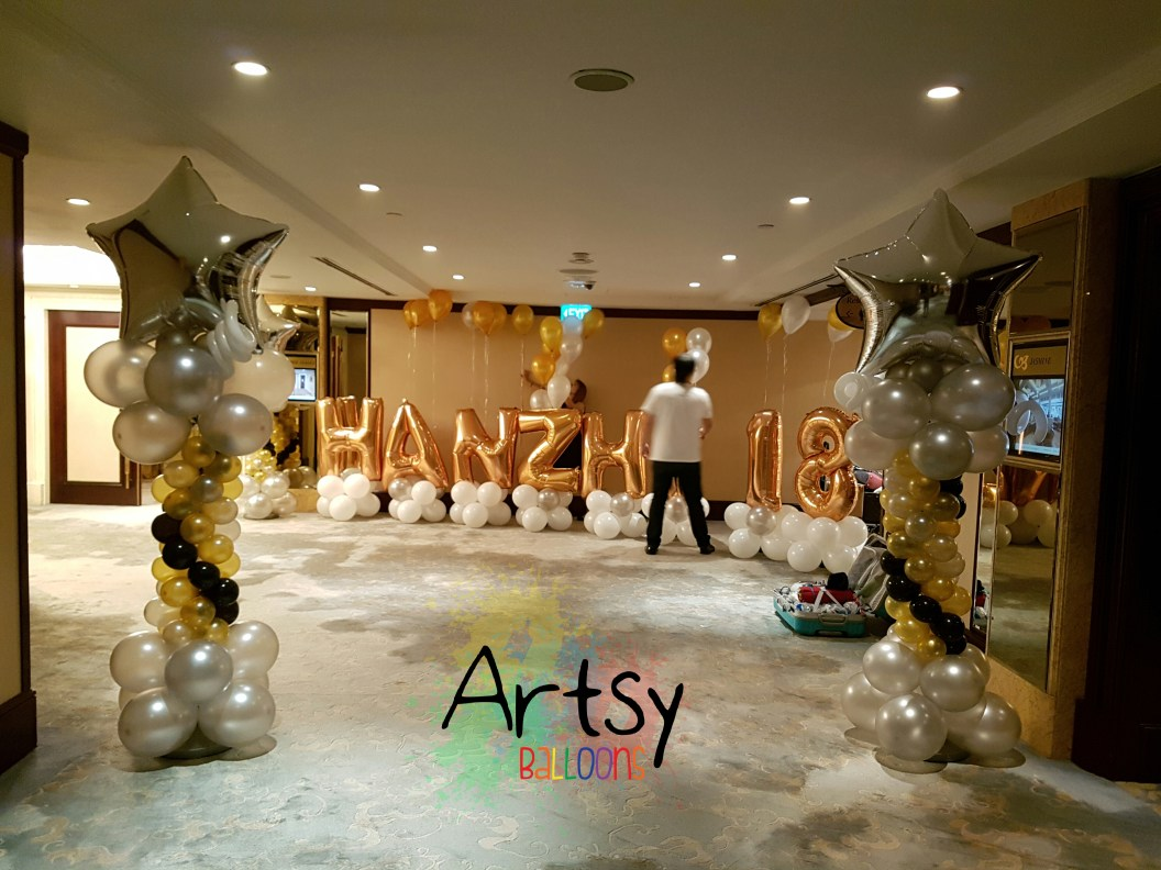 , Classy and Grand balloon decoration for a 18th year old birthday party!, Singapore Balloon Decoration Services - Balloon Workshop and Balloon Sculpting
