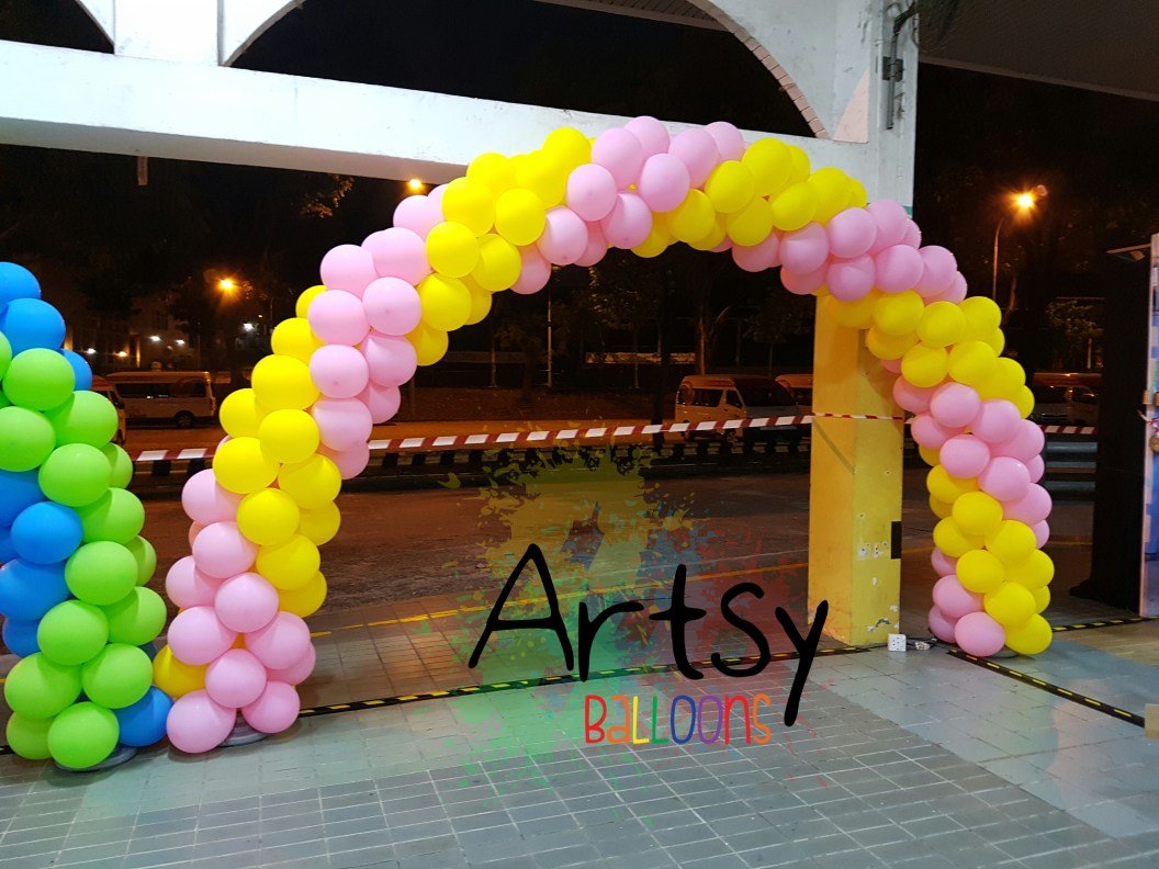 , 6 balloon arches for Lovorth Events!, Singapore Balloon Decoration Services - Balloon Workshop and Balloon Sculpting
