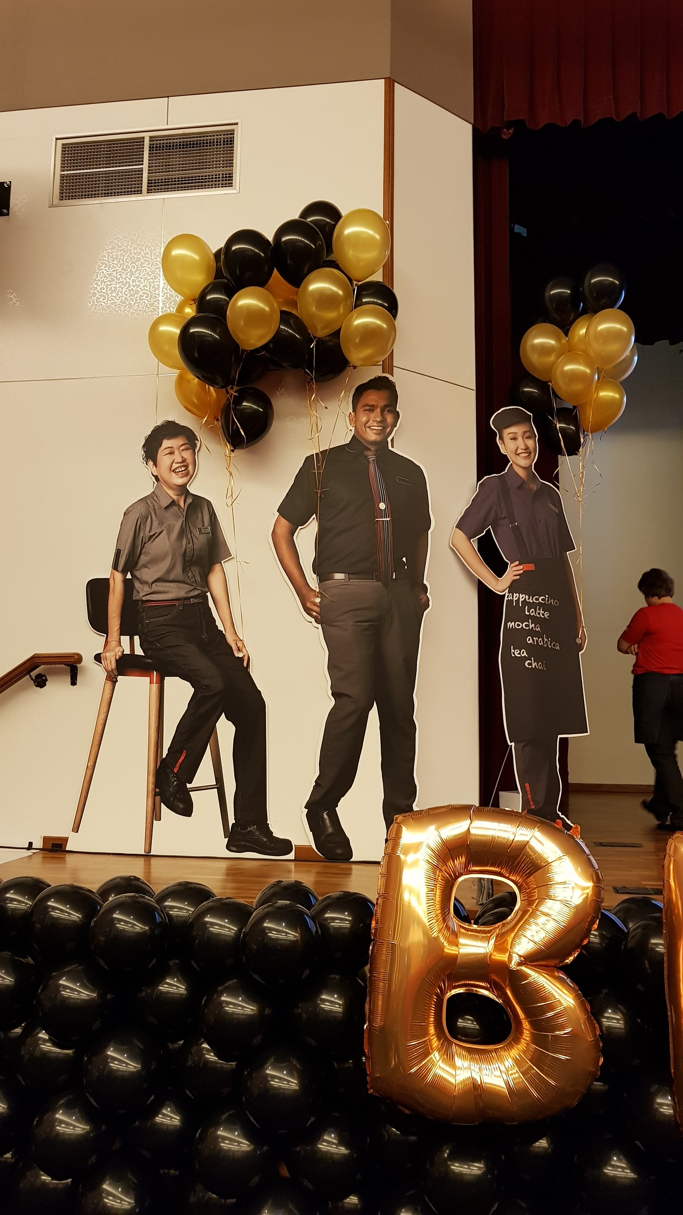 Stage Balloon Decorations For Mcdonalds Award Ceremony