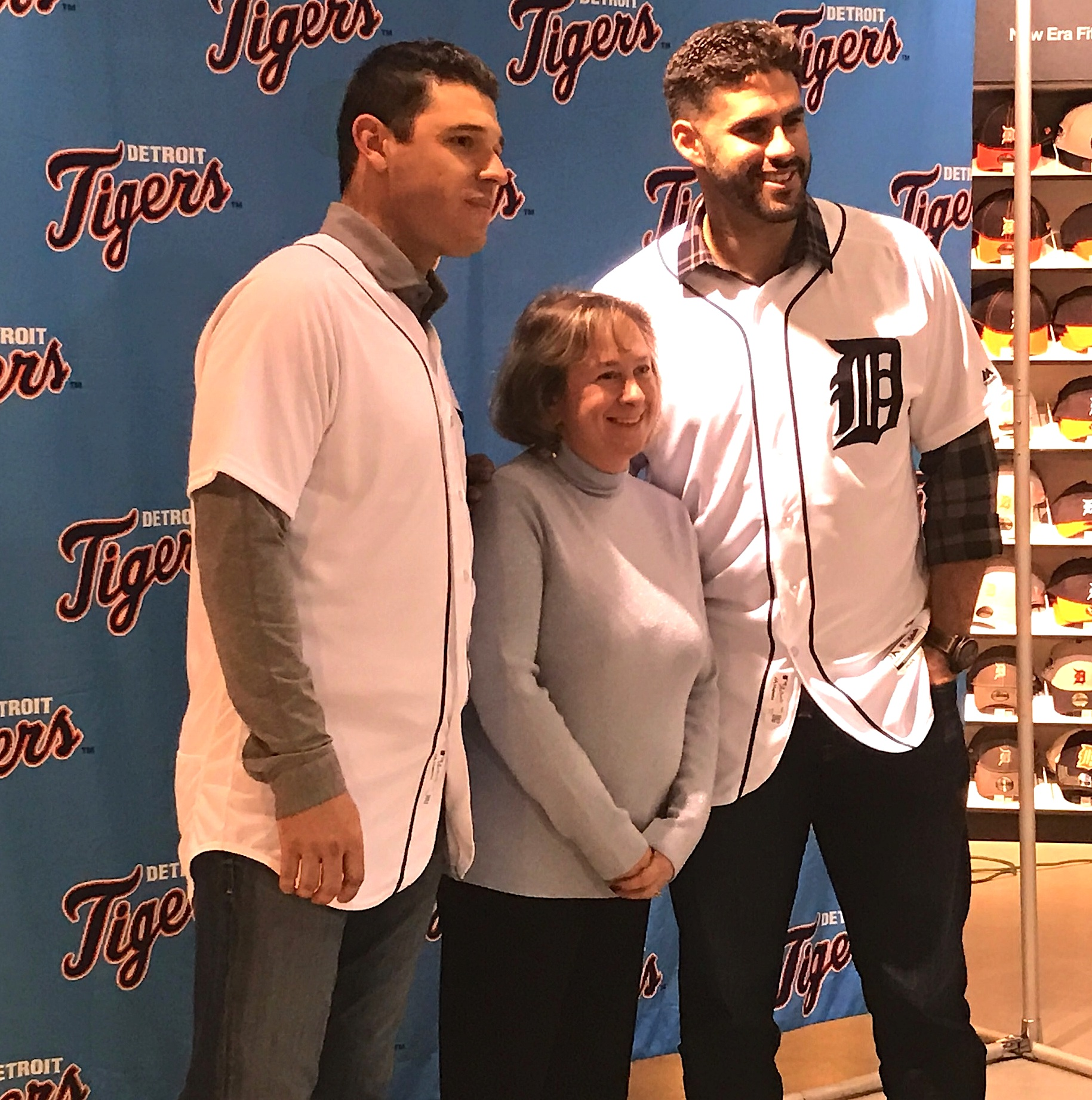 Home Goods Farmington Hills Mi Tigers Meet The Fans In Annual Caravan Ou News Bureau