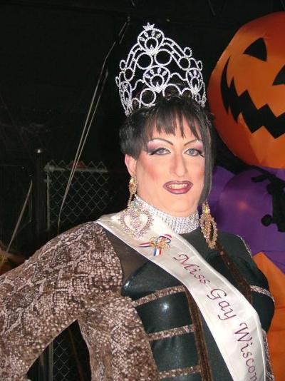 Kelli Jo Klein - Miss Club Wisconsin 2010