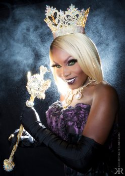 Asia O'Hara - Photo by Kristofer Reynolds