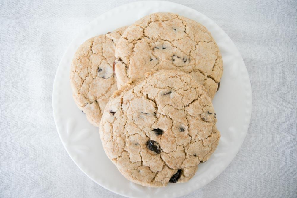 AIP Oatmeal Raisin Cookies