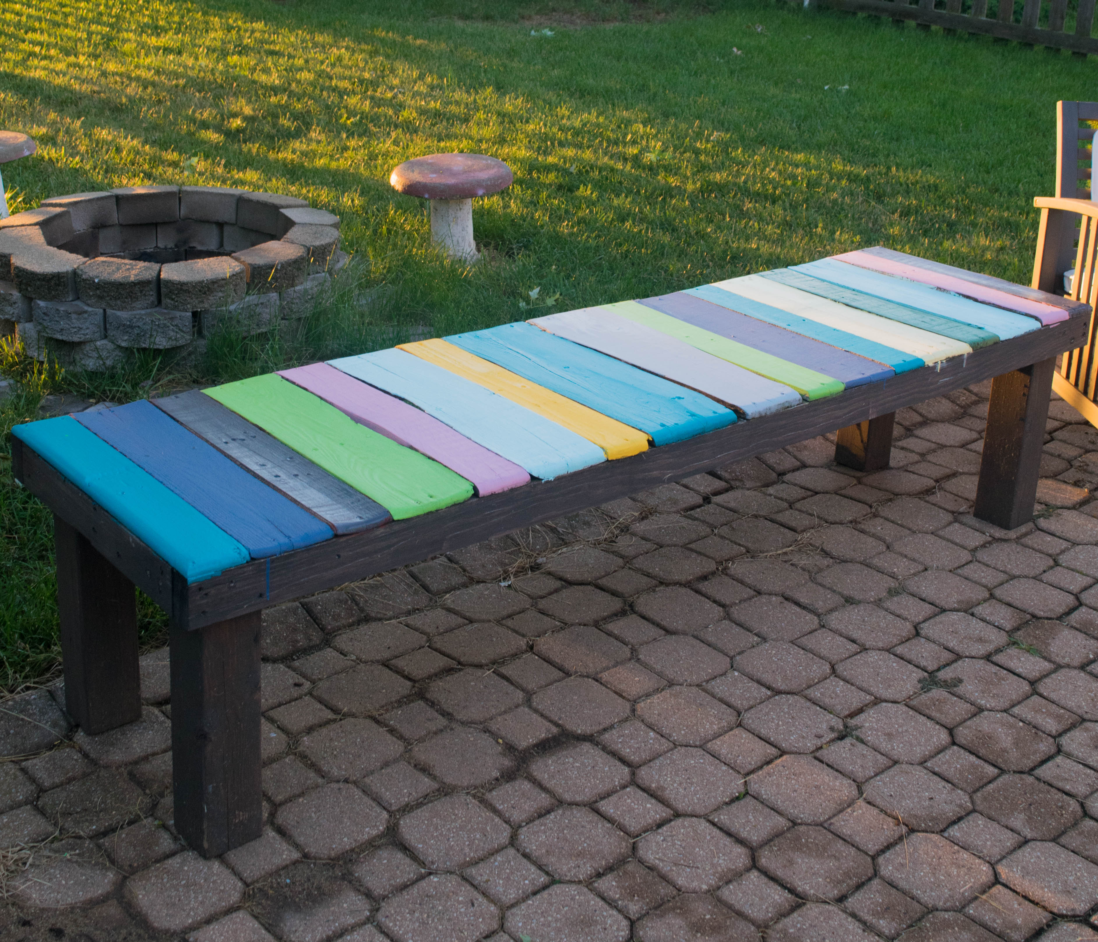 Diy Table Palette Diy Wood Pallet Bench Low Cost And Easy To Make Our House Now